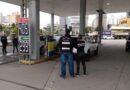 Procon fecha dois postos que vendiam combustível adulterado no estado
